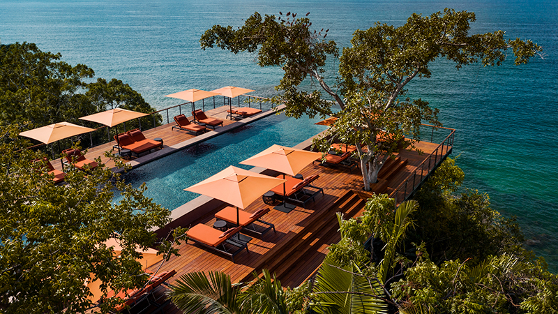 One&Only_Mandarina_Drone_Carao_Restaurant_Pool_911_MASTER_800x450px