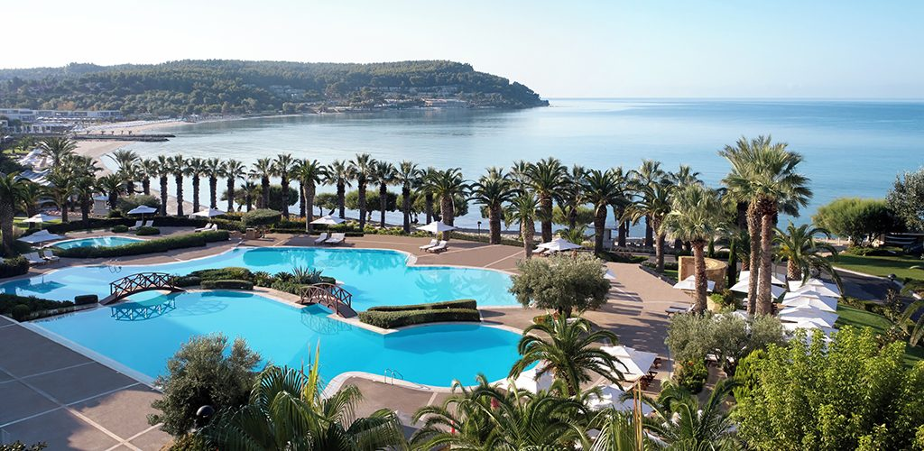 sani_beach_main_pool_2880x1887